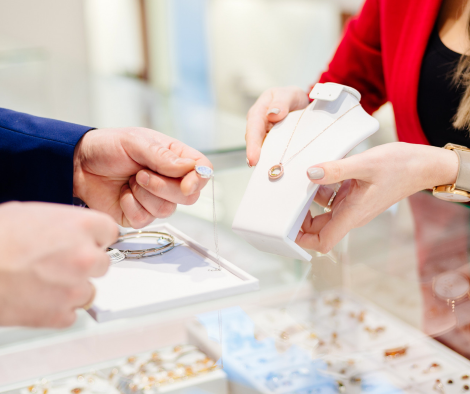 4 Reasons You Should Get to Know Your Jeweler | Cecil's Fine Jewelry